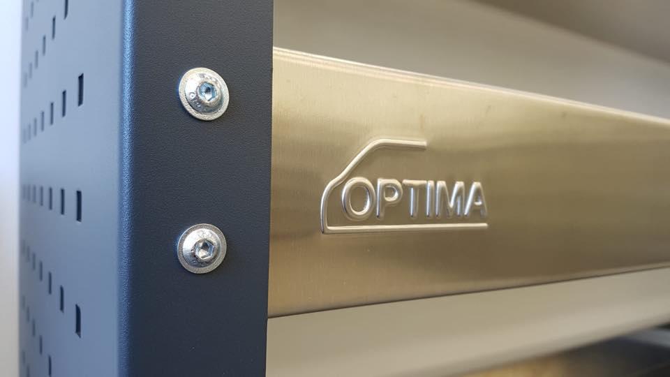 Optima Fahrzeugeinrichtung Verbindung und Branding